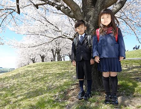 幼稚園から中学校まで徒歩6分以内